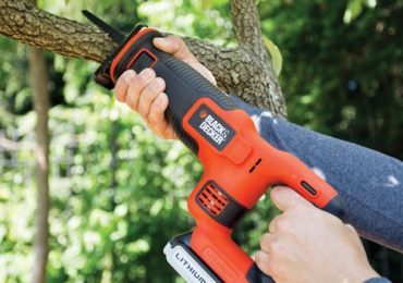 blackdecker-bdcr20b-20v-max-lithium-reciprocating-saw-battery-and-charger-not-included-0-3-370x260-5095610